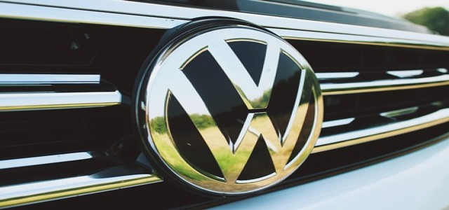 Volkswagen teams up with Microsoft on cloud computing services
